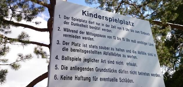 Kinderspielplatz: Wenn der Bürgermeister Regeln aufstellen will…