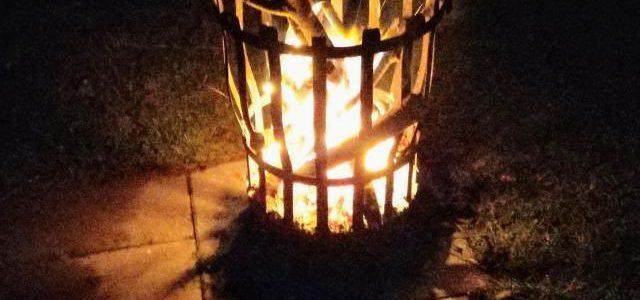 Hinweise der Unfallkassen Nr. 31: Kita & Lagerfeuer – Hinweis der Unfallkasse dazu!
