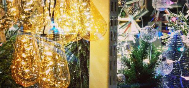 Hinweise der Unfallkassen Nr. 118: Lichterketten in Krippe und Kita