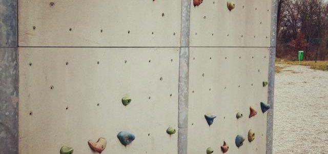 Hinweise der Unfallkassen Nr. 179: Kletterwände in der Kita