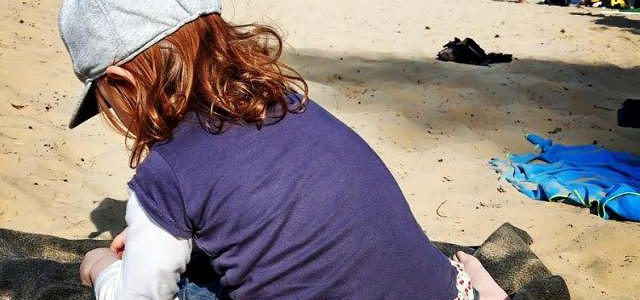 Hinweise der Unfallkassen Nr. 232: Sonnenschutz für Kita-Kinder