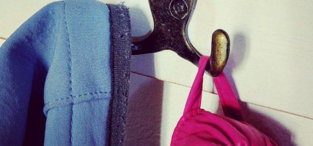 Hinweise der Unfallkassen Nr. 259: Kita-Garderobe und sichere Kleiderhaken